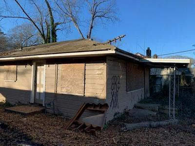 999 OAKLAND DR SW, Atlanta, GA 30310 - Photo 1