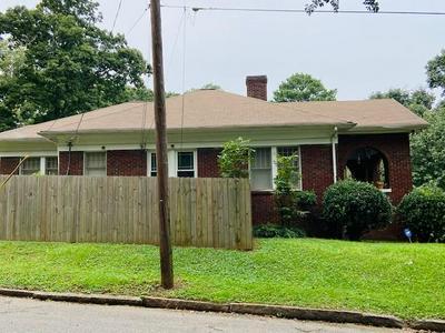 1693 MELROSE DR SW, Atlanta, GA 30310 - Photo 2