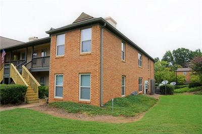 1701 BEAUMONT CIR, Duluth, GA 30096 - Photo 2
