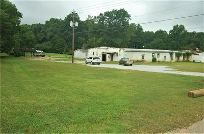 530 SIMS ST, Maysville, GA 30558 - Photo 2