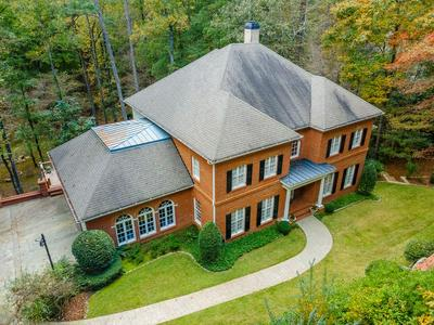 2125 RIVER CLIFF DR, Roswell, GA 30076 - Photo 2