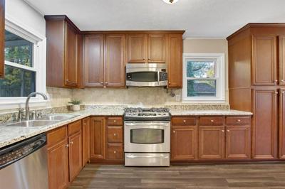 2942 TIMBERLINE RD, Marietta, GA 30062 - Photo 2