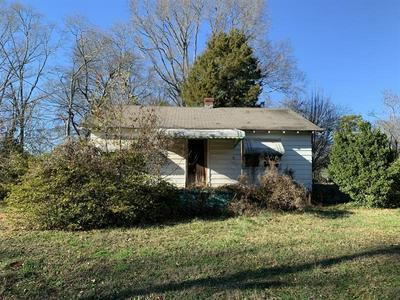 130 PERRY ST, MONROE, GA 30655 - Photo 2