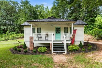 198 POPLAR ST, Buford, GA 30518 - Photo 1