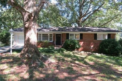 105 HURT DR SE, Smyrna, GA 30082 - Photo 1