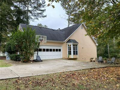 1710 HUNTINGTON HILL TRCE, Buford, GA 30519 - Photo 2
