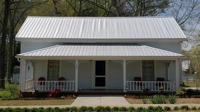 285 N CHURCH ST, Winterville, GA 30683 - Photo 1