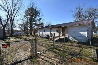 601 S ASH ST, Muldrow, OK 74948 - Photo 2
