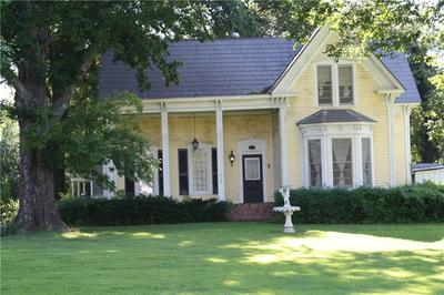 112 N SPRUCE ST, Paris, AR 72855 - Photo 1