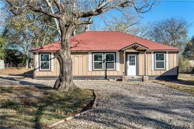 108 S VINE ST, Hackett, AR 72937 - Photo 1
