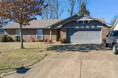 3226 S 54TH ST, Fort Smith, AR 72903 - Photo 2