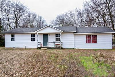 904 S CADDO ST, MULDROW, OK 74948 - Photo 1