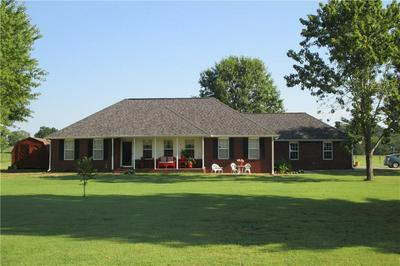 1803 E WOOD ST, Paris, AR 72855 - Photo 2