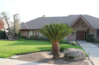 323 N 4TH ST, Fowler, CA 93625 - Photo 2