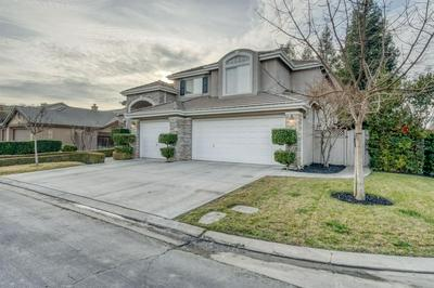 10249 N PIERPONT CIR, Fresno, CA 93730 - Photo 1