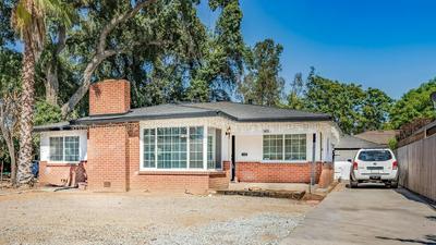 4818 N FRUIT AVE, Fresno, CA 93705 - Photo 1