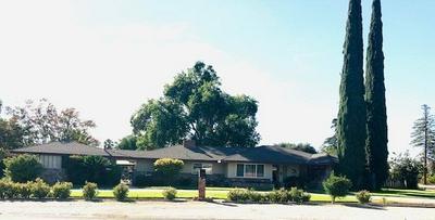1112 S SUNNYSIDE AVE, Fresno, CA 93727 - Photo 1