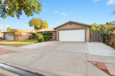 4742 E BYRD AVE, Fresno, CA 93725 - Photo 2