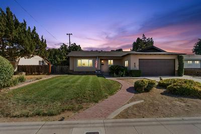 645 W PARADISE AVE, Visalia, CA 93277 - Photo 1