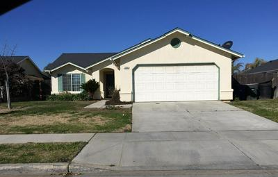 1685 HUME DR, Sanger, CA 93657 - Photo 1