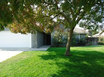 1525 23RD AVE, Kingsburg, CA 93631 - Photo 2