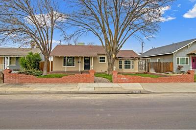1025 UNION ST, Kingsburg, CA 93631 - Photo 1