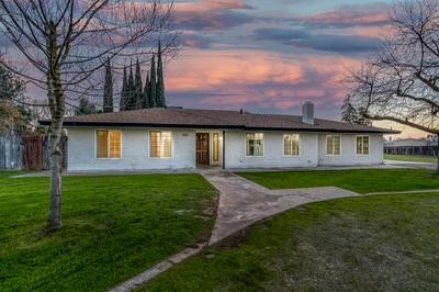 25318 LANE PL, Madera, CA 93638 - Photo 2