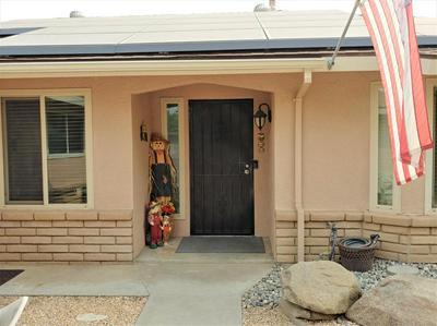 284 N FORDHAM AVE, Fresno, CA 93727 - Photo 2