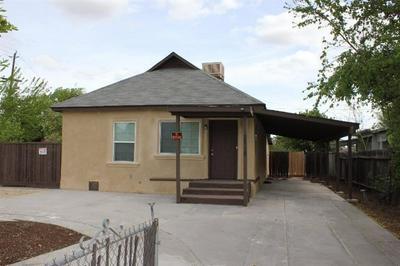 2218 ORANGE AVE, Selma, CA 93662 - Photo 1