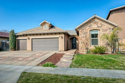 5909 E EUGENIA AVE, Fresno, CA 93727 - Photo 2