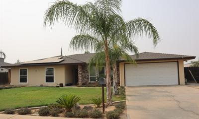 351 HAWLEY AVE, Sanger, CA 93657 - Photo 1