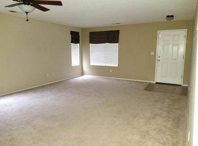2031 W BERKSHIRE LN, Hanford, CA 93230 - Photo 2
