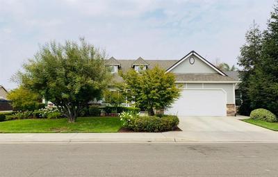6868 E ANDREWS AVE, Fresno, CA 93727 - Photo 1