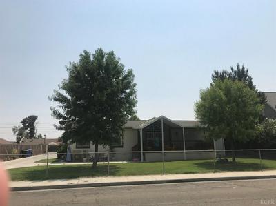 419 E 10TH ST, Hanford, CA 93230 - Photo 1