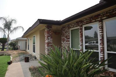 351 HAWLEY AVE, Sanger, CA 93657 - Photo 2