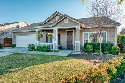 6121 E CORTLAND AVE, Fresno, CA 93727 - Photo 2