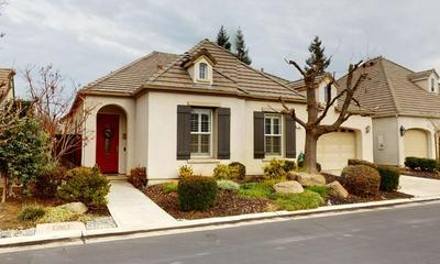 75 W PRESCOTT AVE, Clovis, CA 93619 - Photo 2