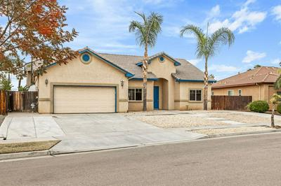 54 N LILY AVE, Sanger, CA 93657 - Photo 1
