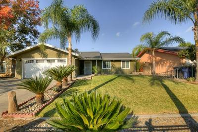 1186 E SANTA ROSA ST, Reedley, CA 93654 - Photo 1