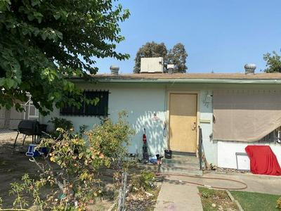 1026 W MURRAY AVE, Visalia, CA 93291 - Photo 2