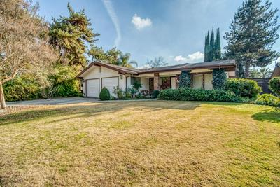 1231 W FLORA AVE, Reedley, CA 93654 - Photo 2