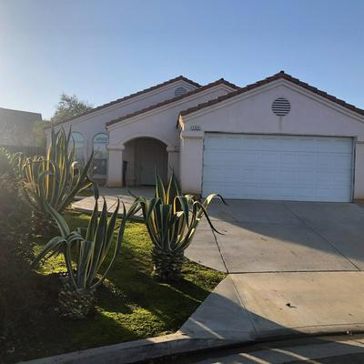 7335 N MANSIONETTE DR, Fresno, CA 93720 - Photo 1