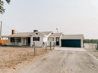 10090 S ENGLEHART AVE, Reedley, CA 93654 - Photo 2