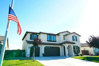 368 N GLEASON AVE, Fowler, CA 93625 - Photo 2