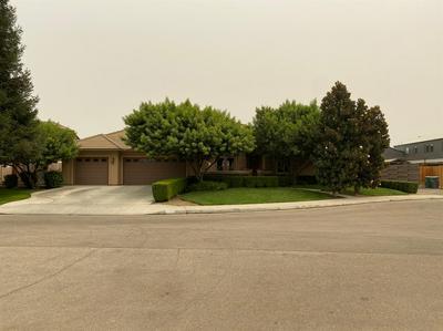 2552 20TH AVE, Kingsburg, CA 93631 - Photo 1