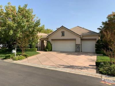 4224 N MONTEGO LN, Clovis, CA 93619 - Photo 1