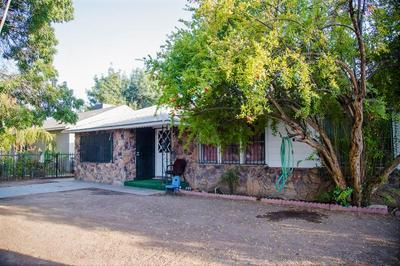 4916 E NEVADA AVE, Fresno, CA 93727 - Photo 2