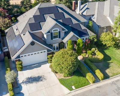 2326 E MINARETS AVE, Fresno, CA 93720 - Photo 2