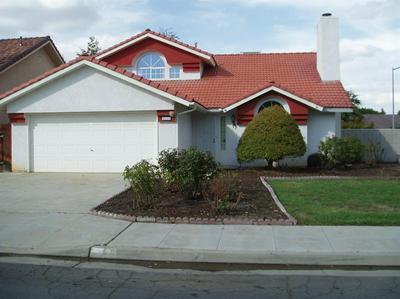 2230 E PRYOR DR, Fresno, CA 93720 - Photo 2