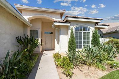 9763 N PAULA AVE, Fresno, CA 93720 - Photo 2